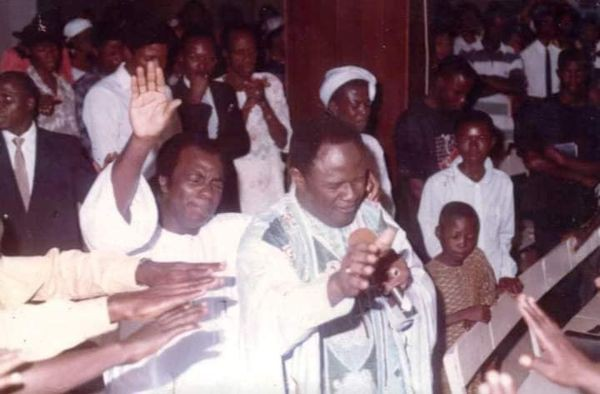 Archbishop Benson Idahosa Praying With Bishop David Oyedepo