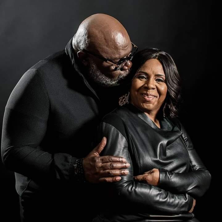 T.D Jakes and wife